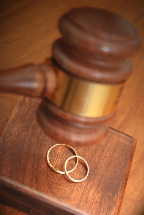 Алтайский край лидирует по числу разводов на 1000 браков среди регионов СФО